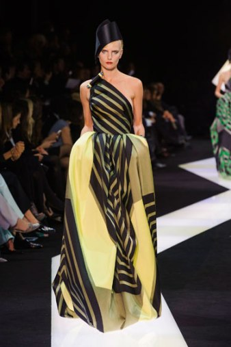 Armani Prive_2 Sprin Couture 2013